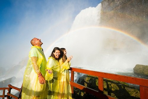 The cave of the winds on our best Niagara Falls tour package