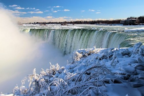 Royal Canadian Niagara Falls Winter Tours