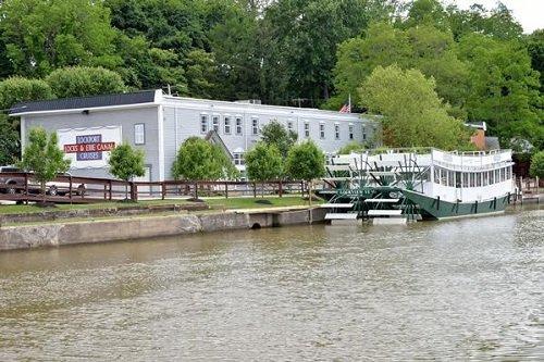 Erie Canal Cruise ship