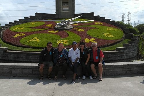 Picture of a group at the floral clock during our Niagara Falls Canadian American tour
